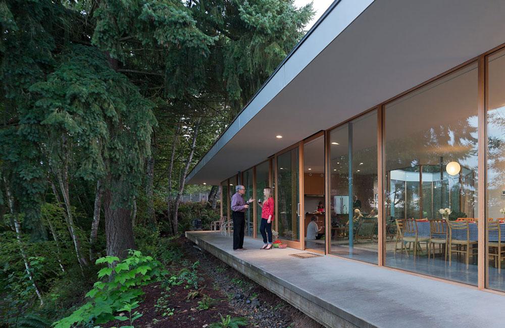 Romantické bývanie: Presklený dom s výhľadom na prírodu