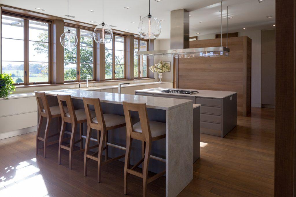 Americká luxusná kuchyňa navrhnutá podľa slovenských dizajnérov