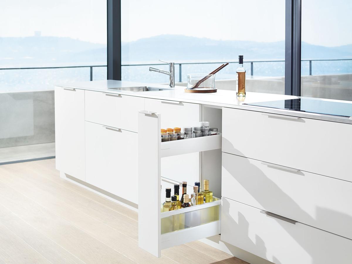 úložné systémy do kuchyne