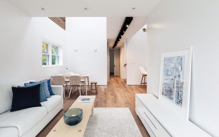 Otočený dom: Moderný dom na okraji Toronta