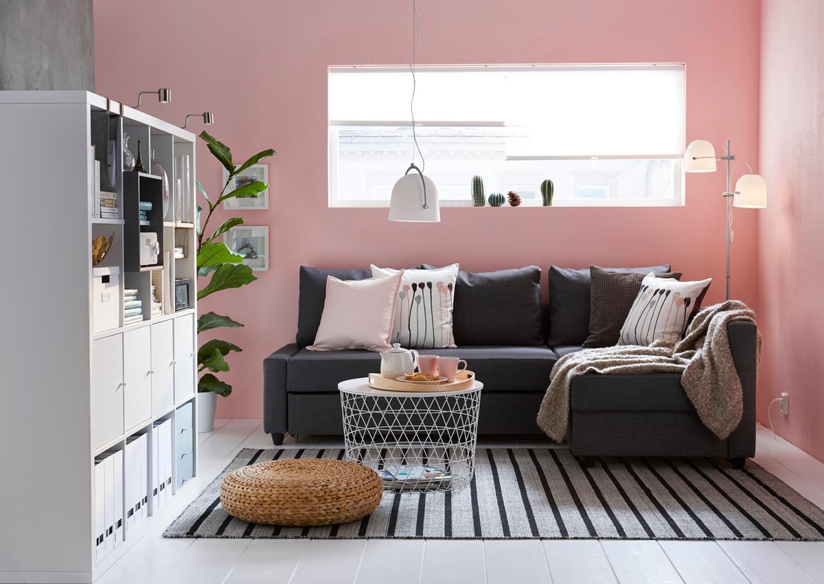 obývacia izba s kobercom