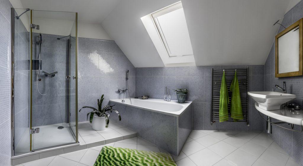 Rekonštrukcia kúpeľne: Je lepšia vaňa či sprcha?
