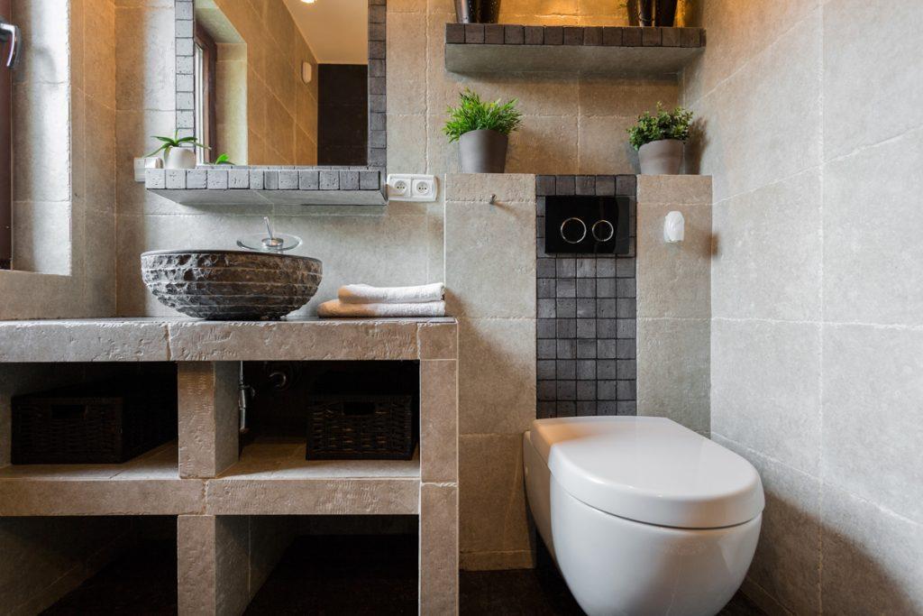 Kúpeľňová sanita: Kam s inštaláciami