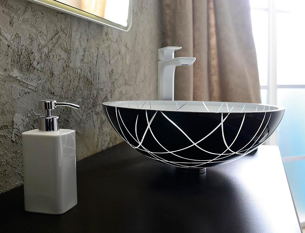Sklené umývadlo