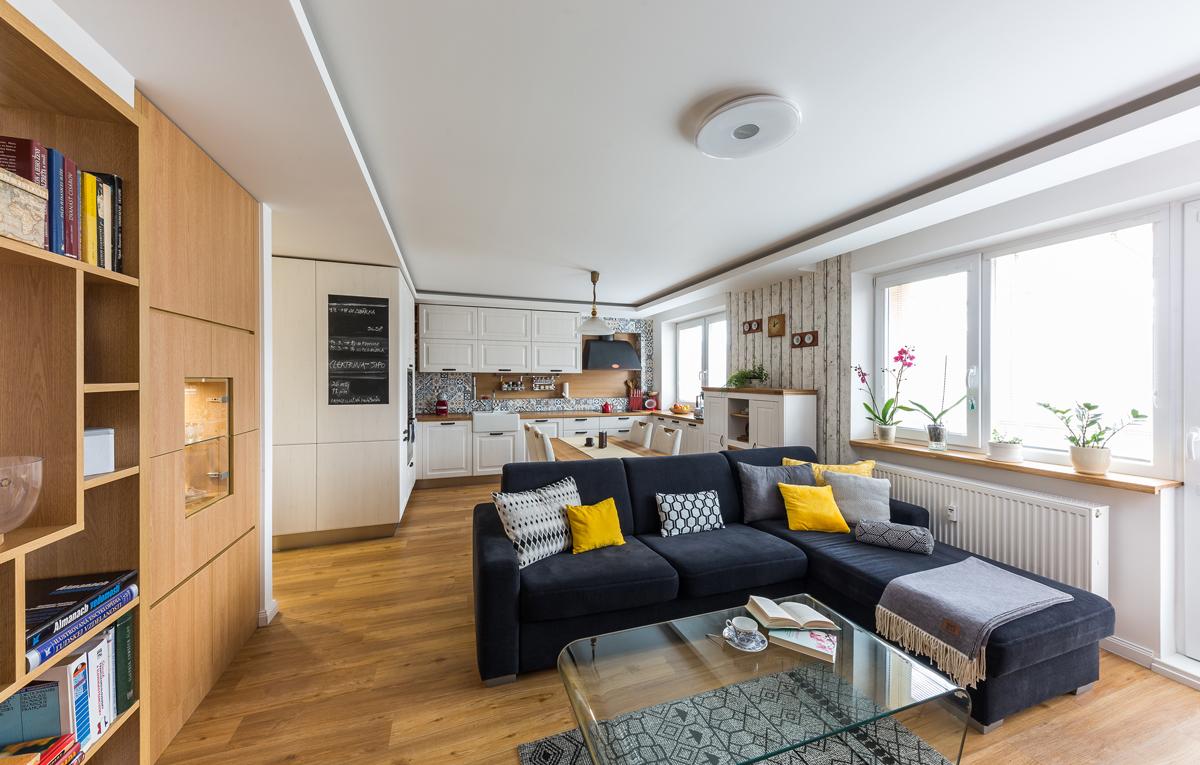 Spojená kuchyňa s obývačkou
