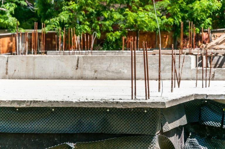 Stavba domu: Čím izolovať základy?