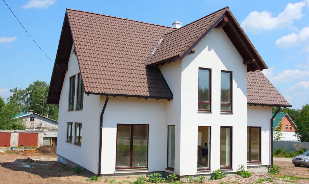 šikmé strechy na dome