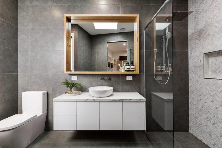 Know-how ako sa vyhnúť zbytočným chybám pri rekonštrukcii kúpeľne