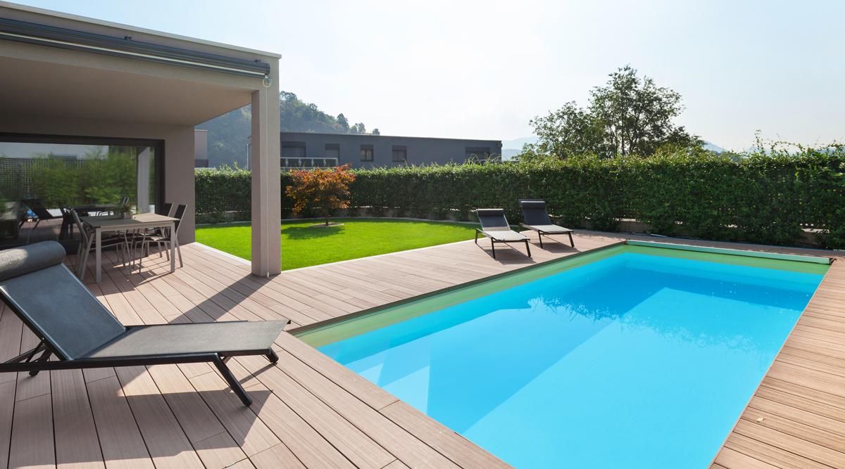 Akrylátový alebo laminátový bazén