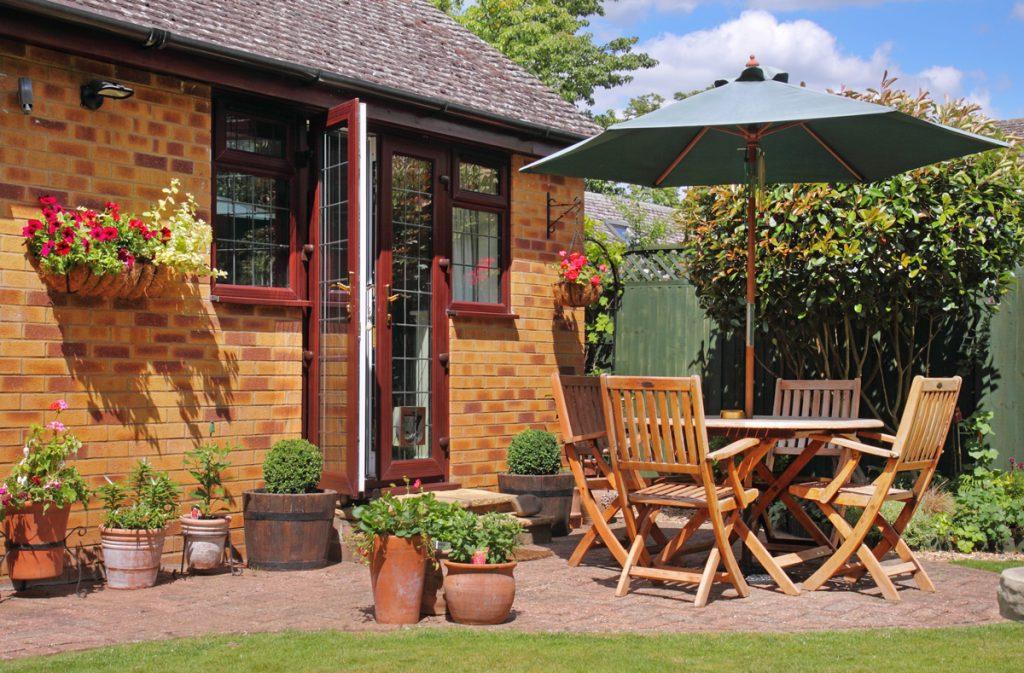 7 tipov, ako si vybrať záhradný nábytok