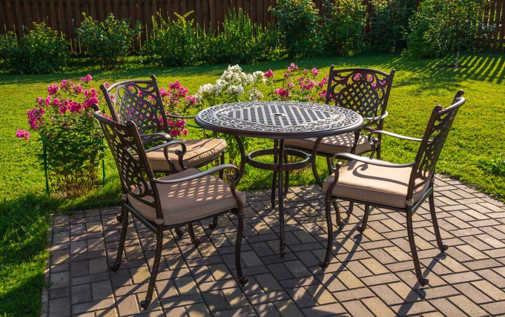 Záhradné sedenie: Inšpirujte sa a vytvorte si terasu na zjedenie
