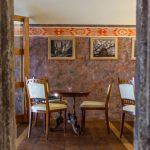 Interiér kaviarne Barcadam v Banskej Štiavnici
