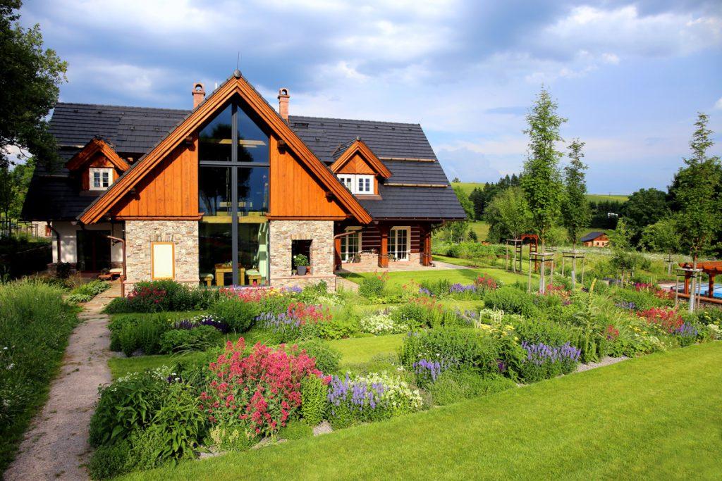 Návšteva vo vidieckej záhrade s neopakovateľným čarom