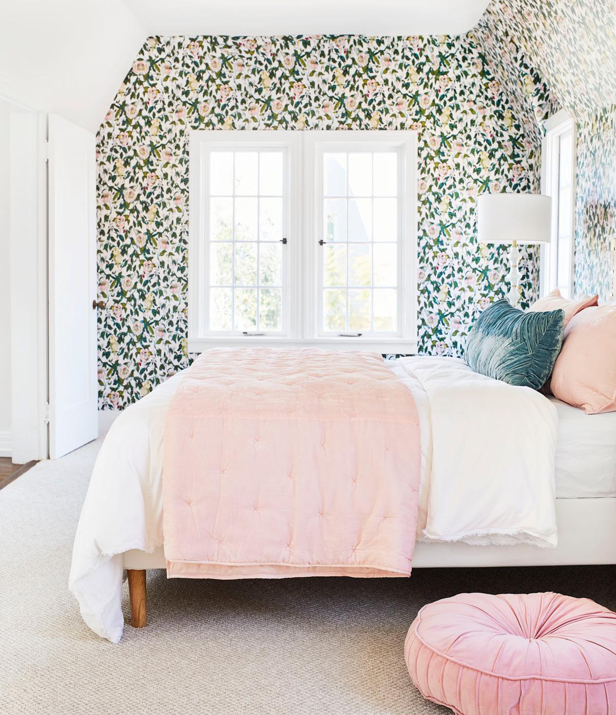 farby v spálni