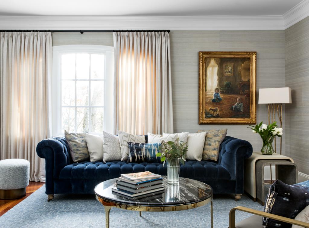 Zlúčiť rôzne štýly v interiéri nie je vždy jednoduché. V tejto vile sa to podarilo ukážkovo