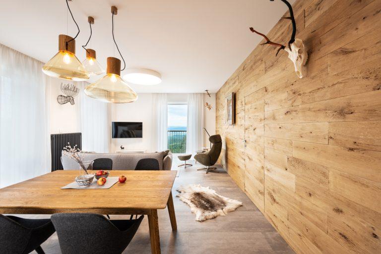 Apartmán vo Vysokých Tatrách s nádherným výhľadom a dôrazom na prírodné materiály