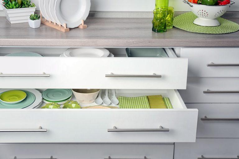 Kuchynské ukladanie: Tieto tipy vám vnesú do kuchyne poriadok