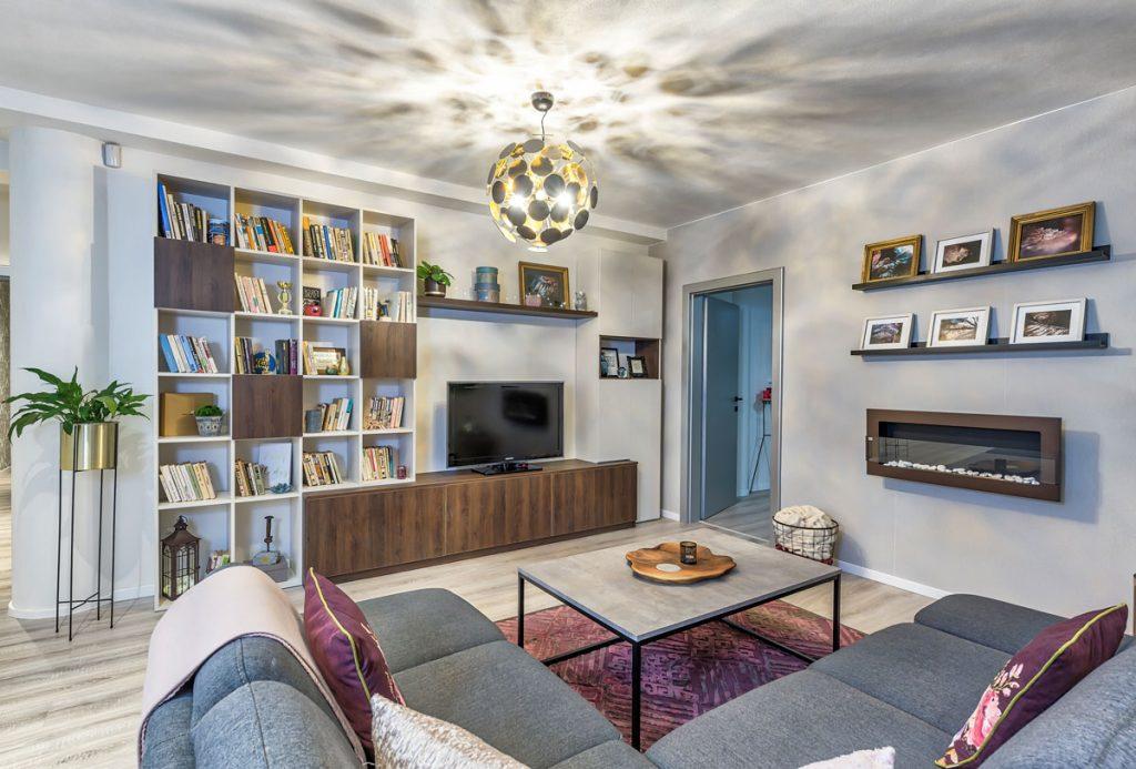 obývačka s kozubom