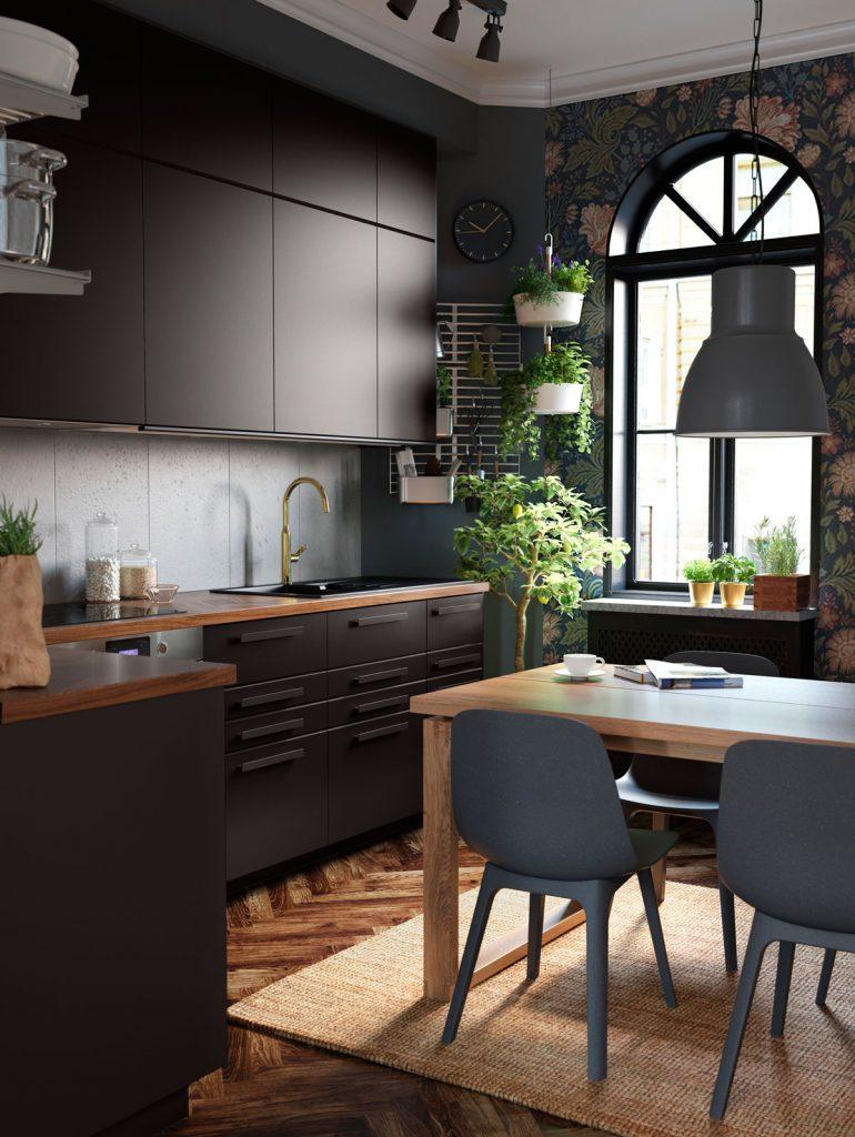 kombinácie materiálov v interiéri