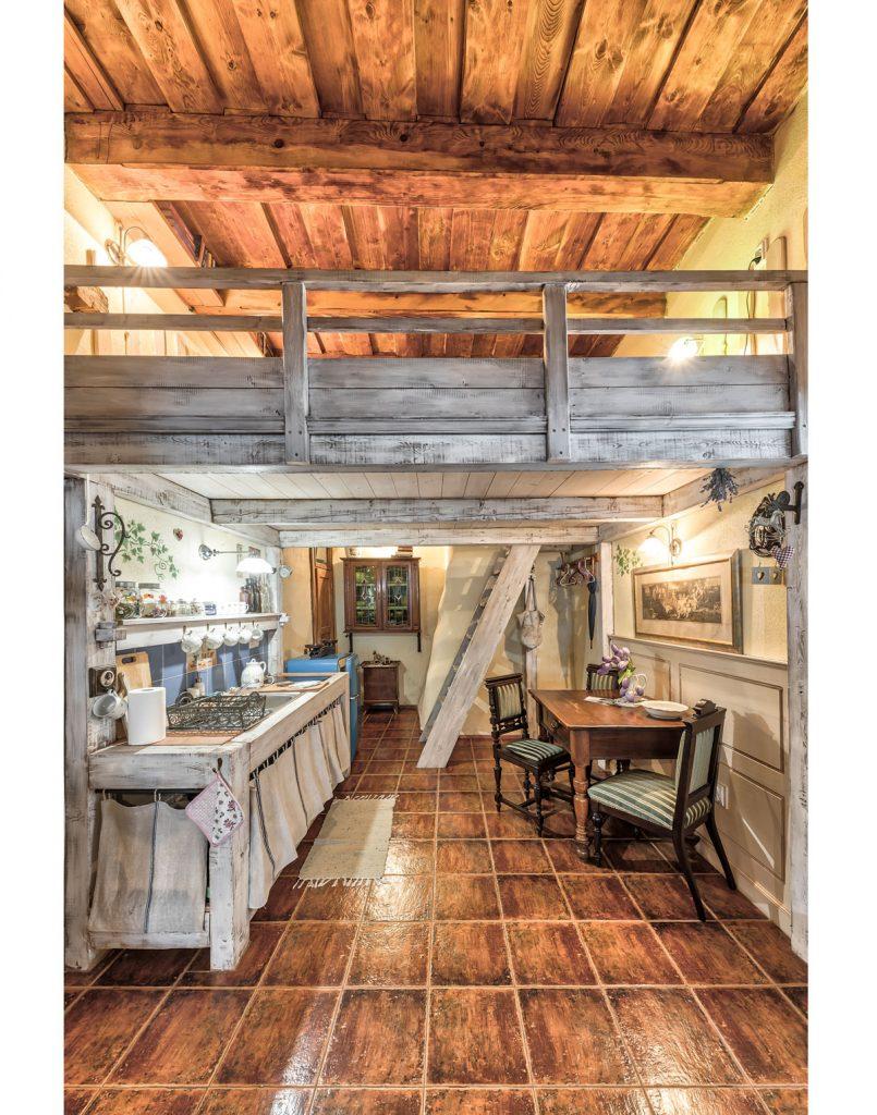 vidiecka kuchyňa v historických Apartmánoch na Trojici