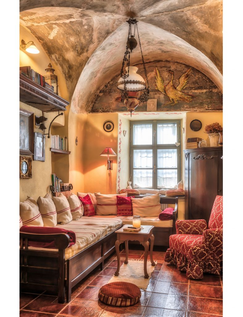 klenbová izba v historizujúcom štýle v Apartmánoch na Trojici