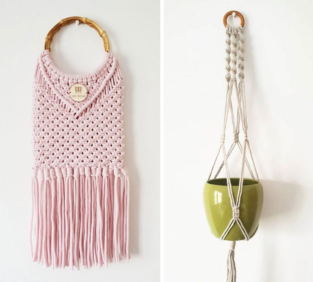 makramé záves s kvetináčom a makramé kabelka so strapcami a s okrúhlou drevenou rúčkou