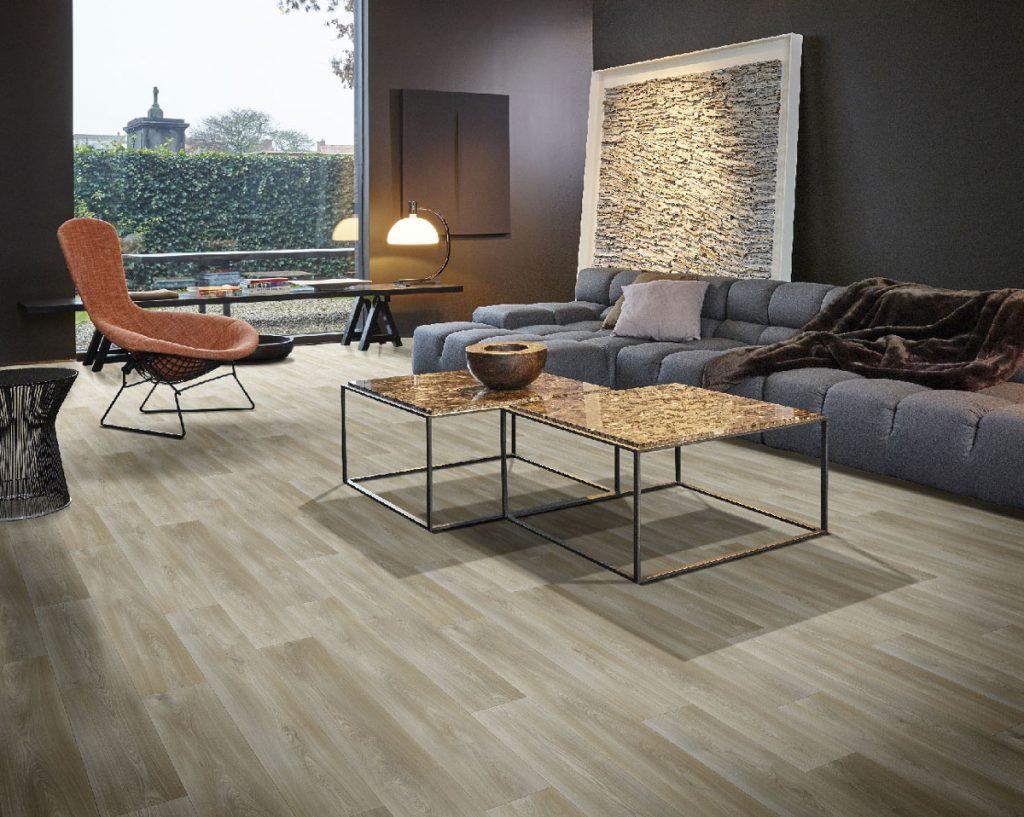 PVC podlaha v dekóre dubu v obývačke