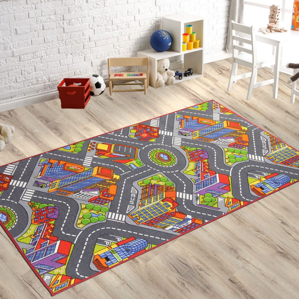 kusový koberec do detskej izby s motívom mesta