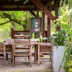záhradný altánok so sedením