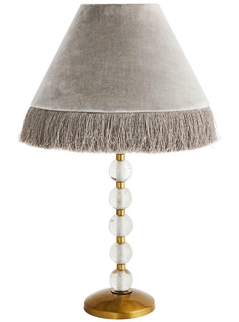 stolová zamatová lampa so strapcami