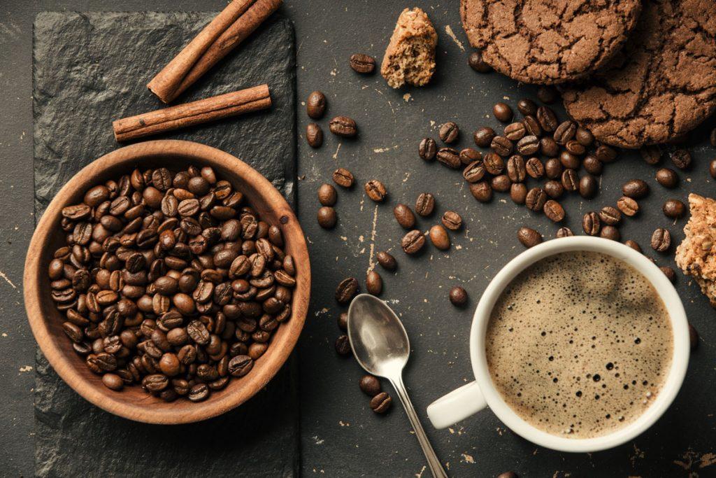 Pre dokonalú rannú šálku kávy: Tieto tipy vám uľahčia výber kávovaru