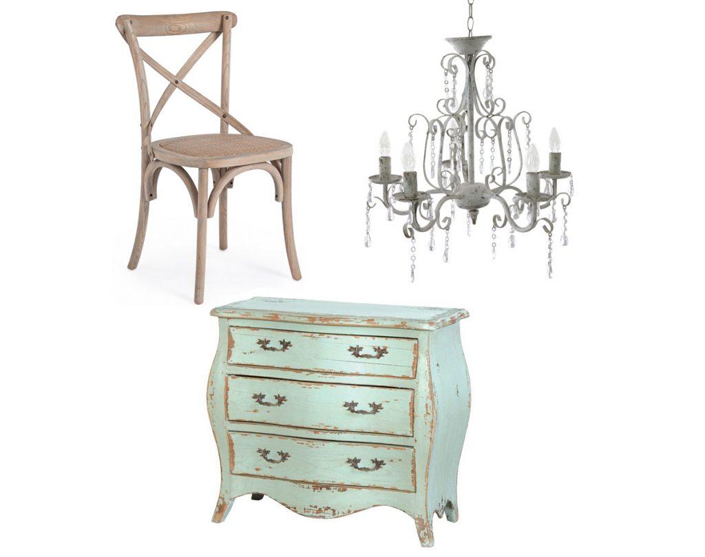 stolička z masívneho dreva s vypletaným sedákom, kovový päťramenný luster, drevená komoda v zelenej farbe v shabby chic štýle