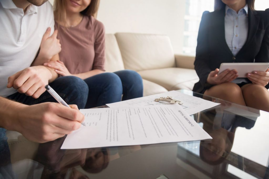 podpisovanie nájomnej zmluvy