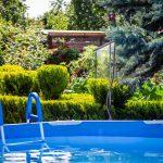 záhrada s bazénom, skleníkom,