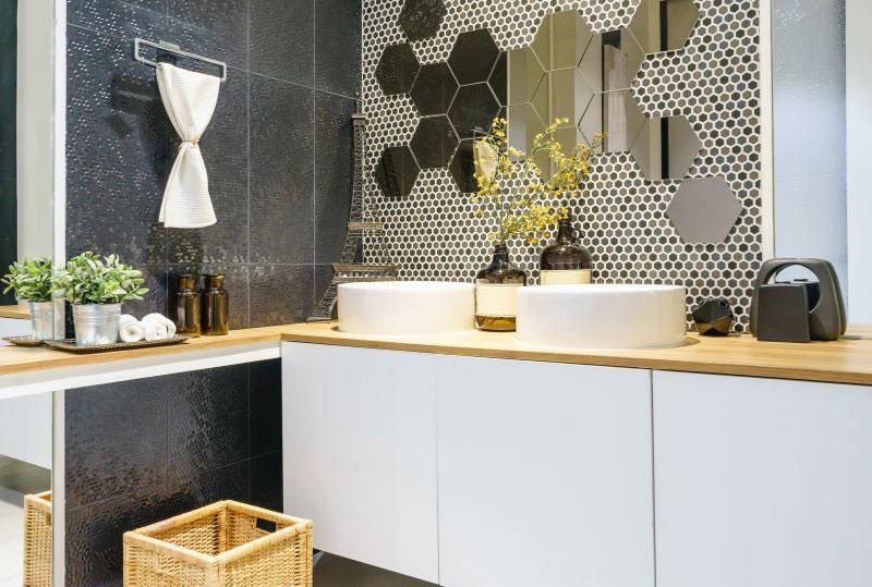 interiérové trendy 2020, kúpeľňa s výrazným obkladom