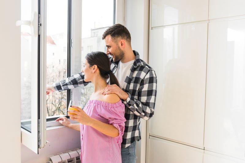 ako predísť vlhkosti v domácnosti: vetranie