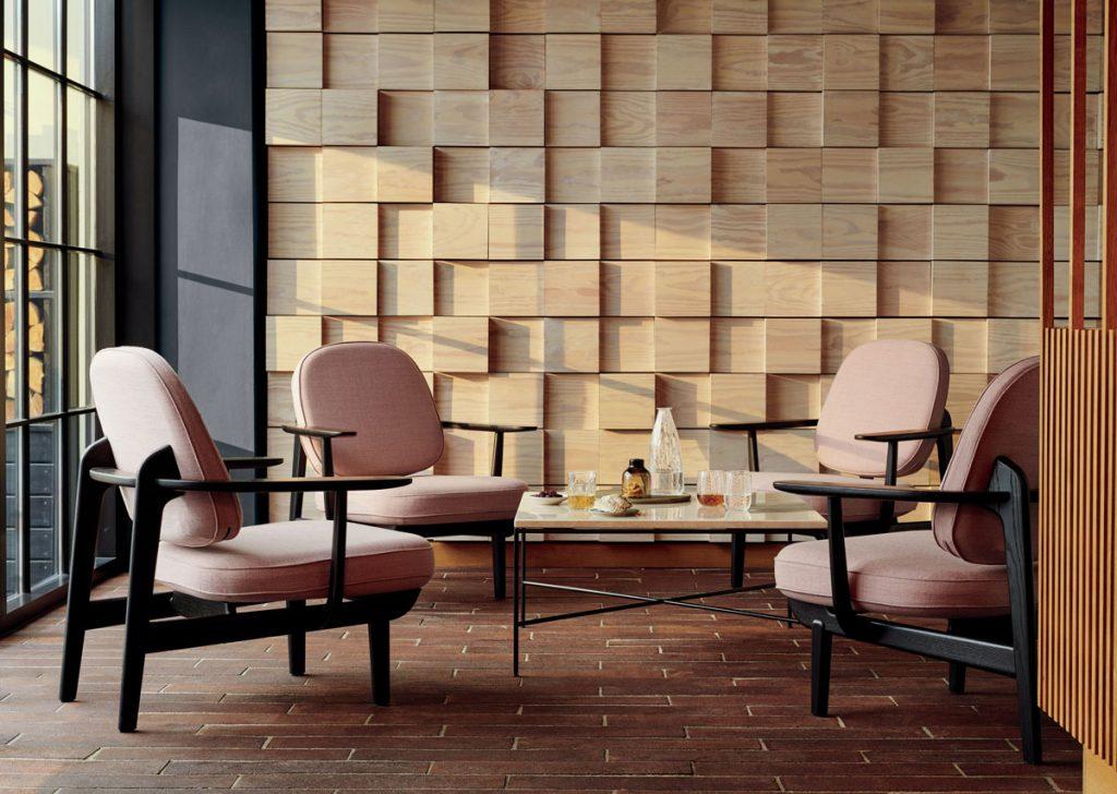 Ako upraviť steny v obývačke: Interiér s trojrozmerným dreveným obkladom na stene.