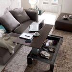 Konferenčný stolík vhodný na prácu z domu, ale aj ako úložný priestor, či jedálenský stôl.