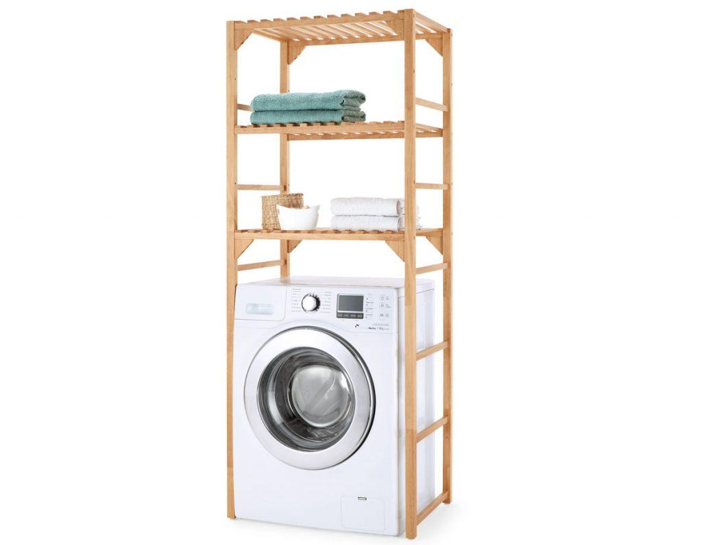 úložné priestory: Drevený regál nad práčku.