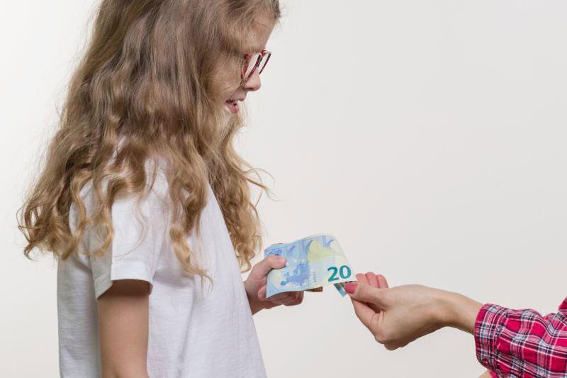 spravovanie rodinného rozpočtu: Učenie detí hospodáriť s peniazmi.