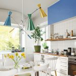 Retro biela kuchyňa.