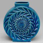 porcelánová retro váza modrej farby