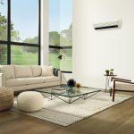 Obývačka s nástennou klimatizáciou.