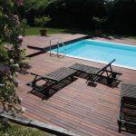bazén so spevnenou plochou z exotického dreva