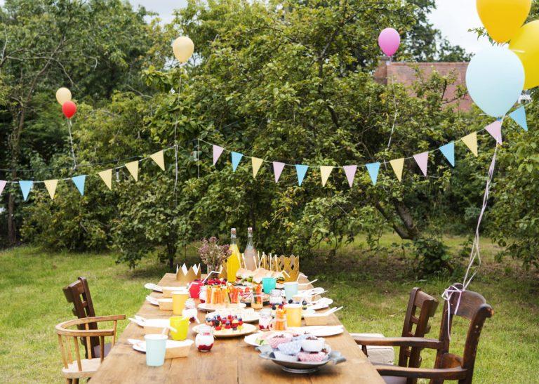 Zorganizujte nezabudnuteľnú záhradnú párty či piknik v prírode
