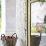 Detial pôvodných sklenených okien na zrekonštruovanej fare