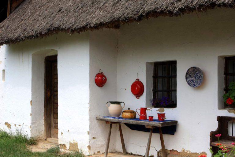 Ako sa zbaviť vlhkých stien na dome či chalupe