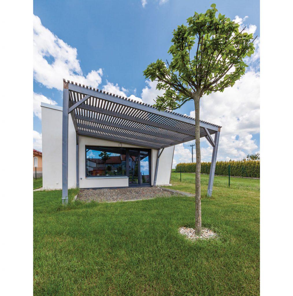 stavebné materiály vhodné na pasívny dom: Pasívny dom postavený z masívnej konštrukcie