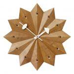 Geometrické drevené hodiny