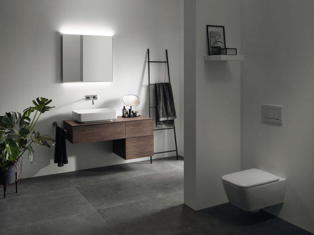 minimalistická kúpeľňa s umývadlom na doske